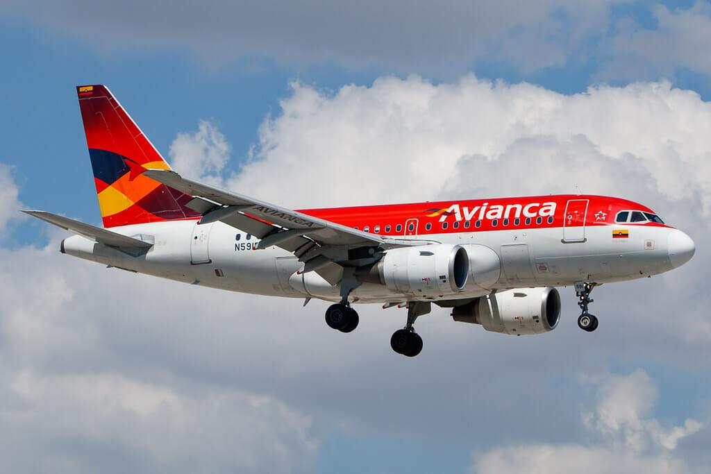 Avianca Airbus A318 111 N591EL