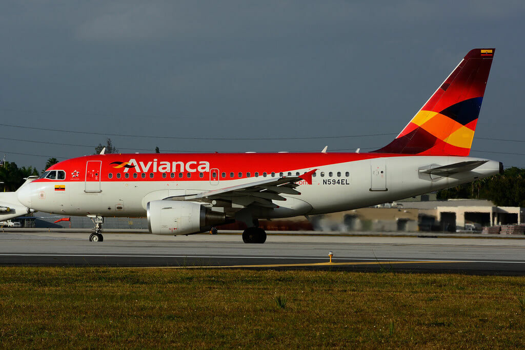 Avianca Airbus A318 111 N594EL at MIA