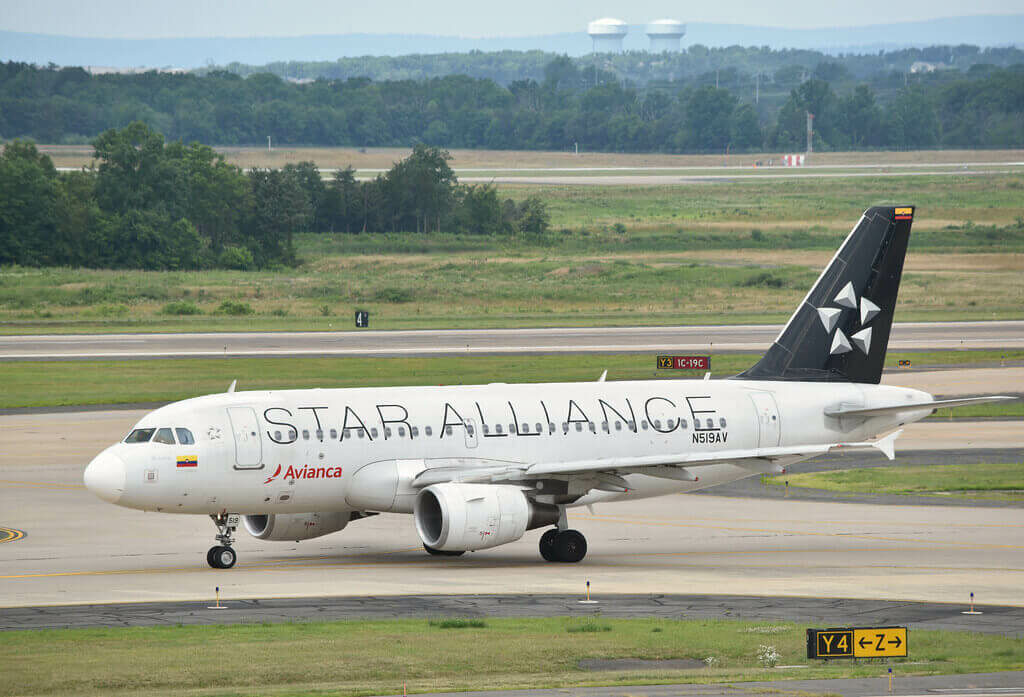 Avianca Airbus A319 115 N519AV Star Alliance livery
