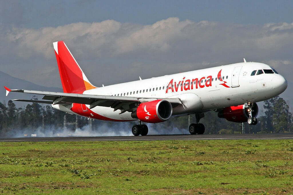Avianca Airbus A320 214 HC CRU at Mariscal Sucre International Airport