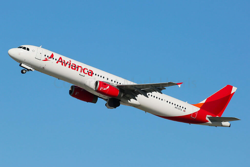 Avianca Airbus A321 231 N570TA at LAX