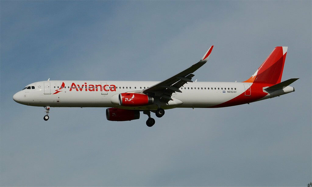 Avianca Airbus A321 231WL N692AV at LAX