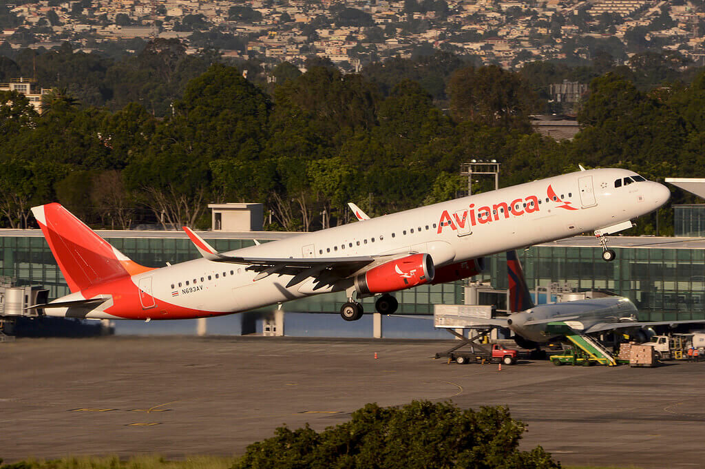 Avianca Airbus A321 231WL N693AV at Guatemala City La Aurora