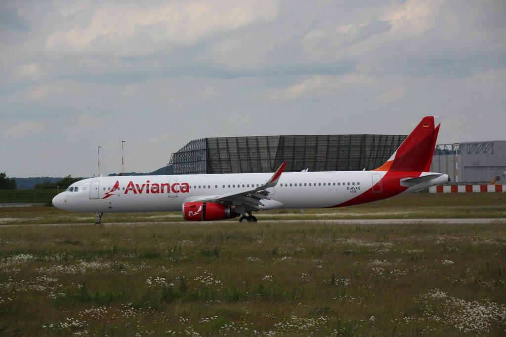 Avianca Airbus A321 231WL N696AV