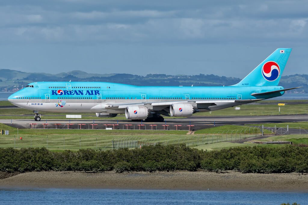 Boeing 747 8B5 Korean Air HL7637 at Auckland Airport