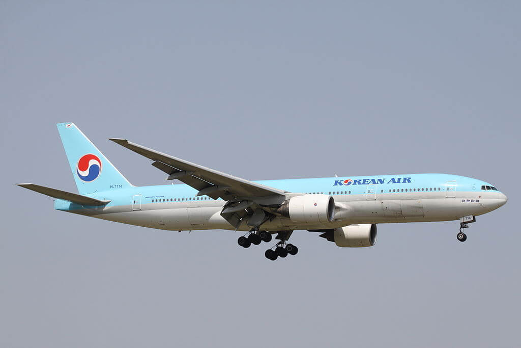 Boeing 777 2B5ER HL7714 Korean Air at Narita International Airport