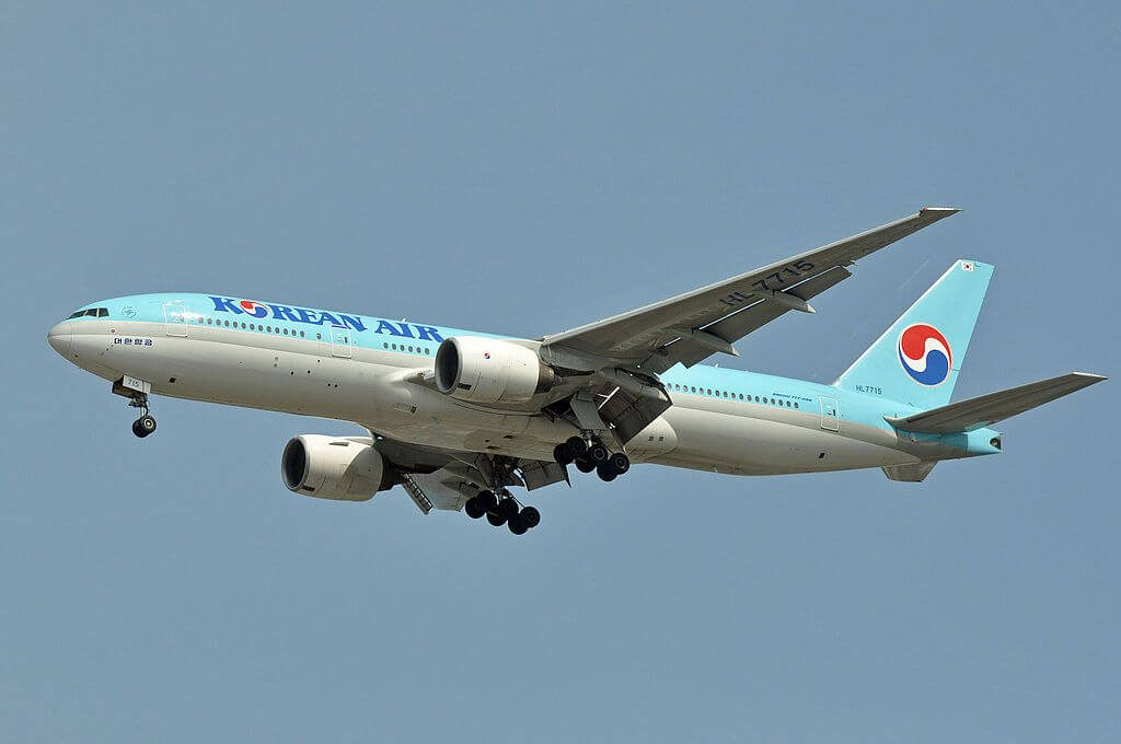 Boeing 777 2B5ER HL7715 Korean Air at Vancouver International Airport