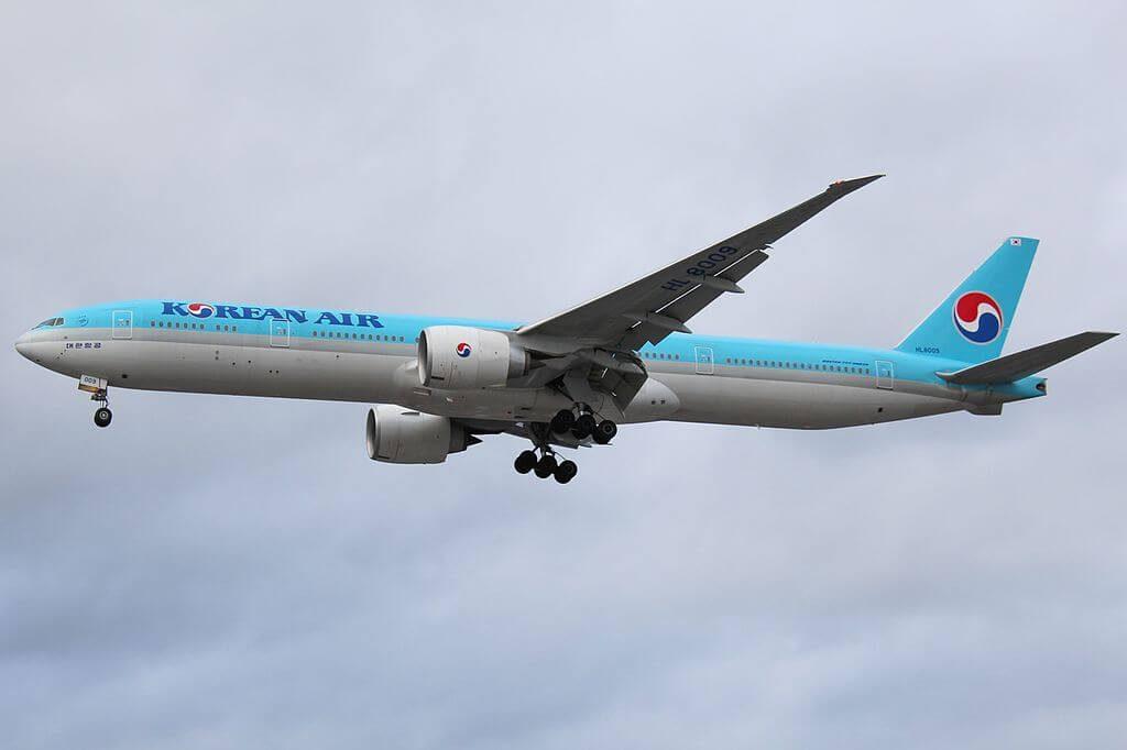 Boeing 777 3B5ER HL8009 Korean Air at London Heathrow Airport