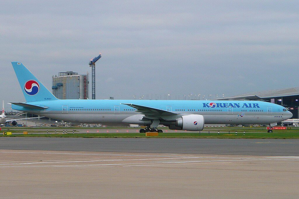 Boeing 777 3B5ER Korean Air HL8007 at London Heathrow Airport