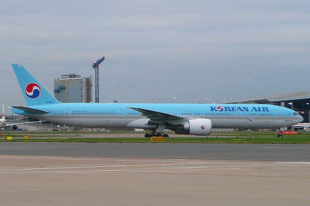 Boeing 777 3B5ER Korean Air HL8007 at London Heathrow Airport