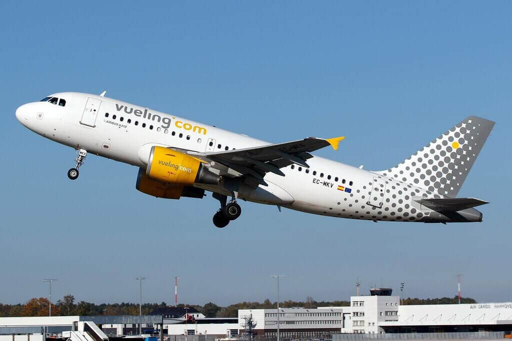 Vueling Airlines Airbus A319 112 EC MKV at Hannover Airport