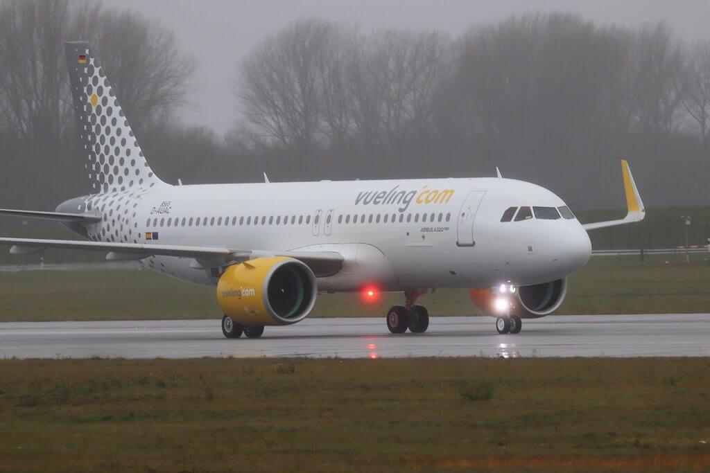 Vueling Airlines Airbus A320 271N EC NAV