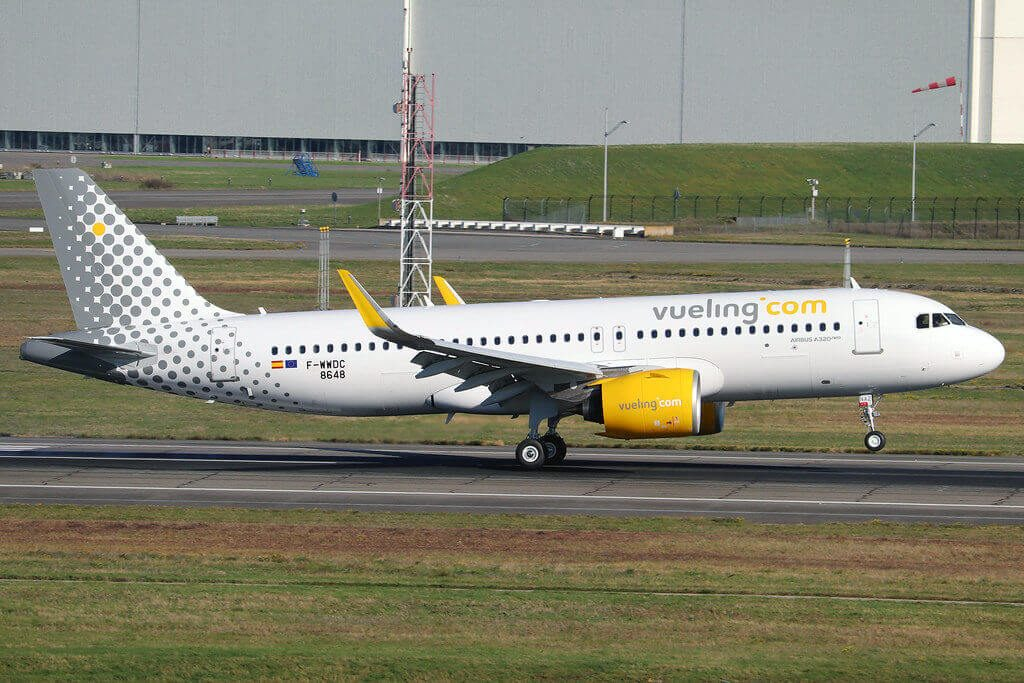 Vueling Airlines Airbus A320 271N EC NAZ at TLS Airport