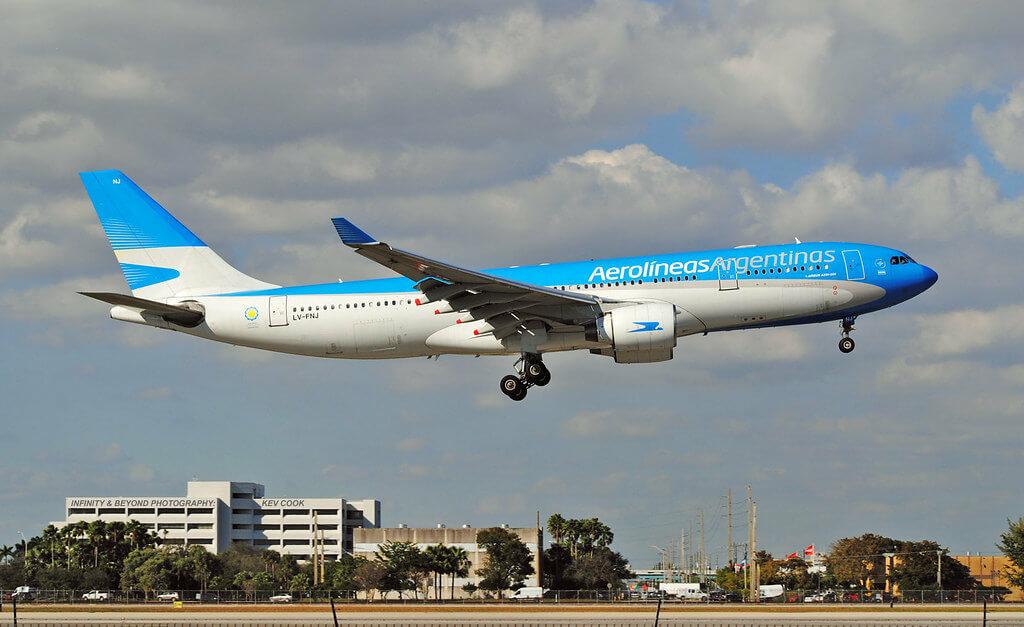 Aerolineas Argentinas Airbus A330 223 LV FNJ