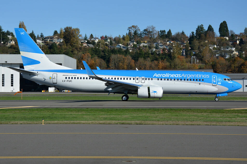 Aerolineas Argentinas Boeing 737 8SHWL LV FUC