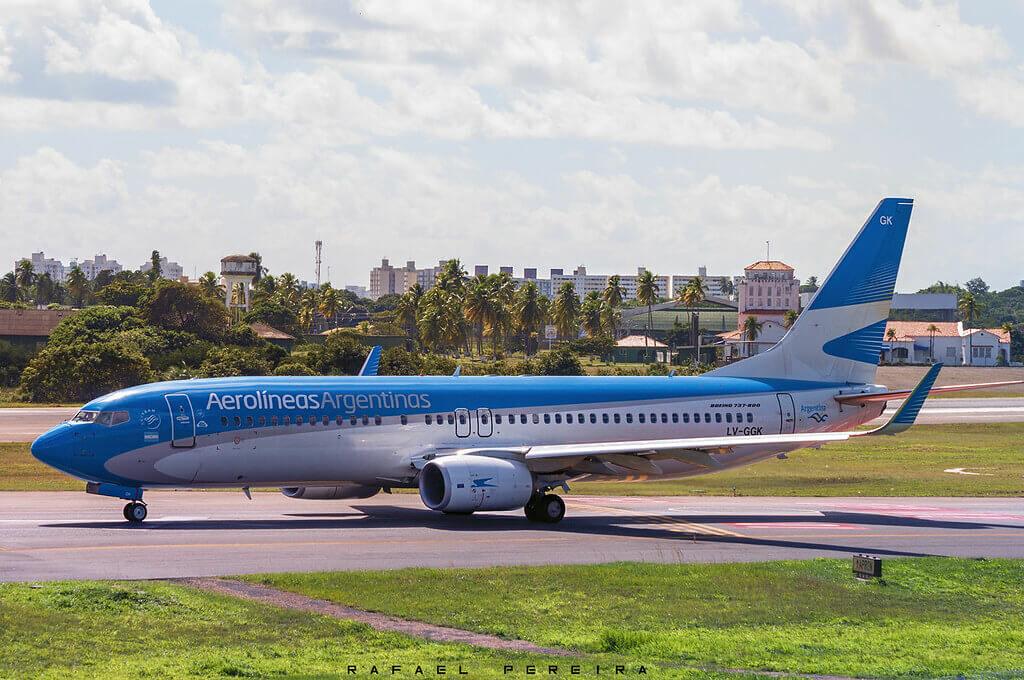 Aerolineas Argentinas Boeing 737 8SHWL LV GGK