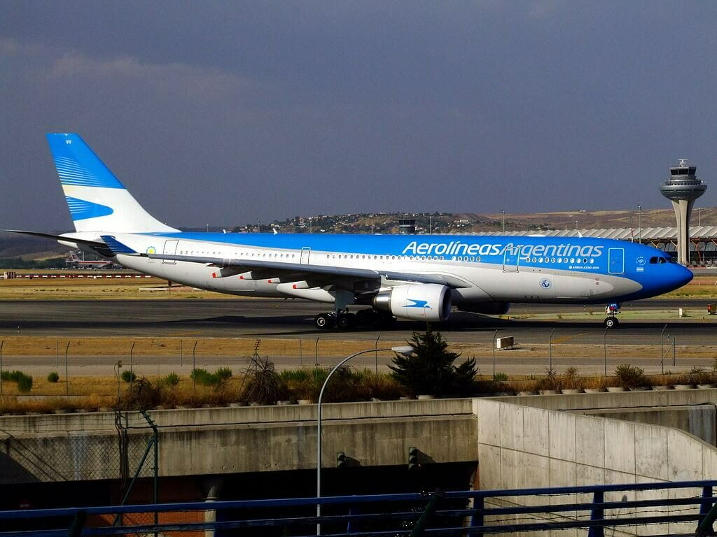 Airbus A330 202 LV FVH Aerolíneas Argentinas at Madrid Barajas Airport