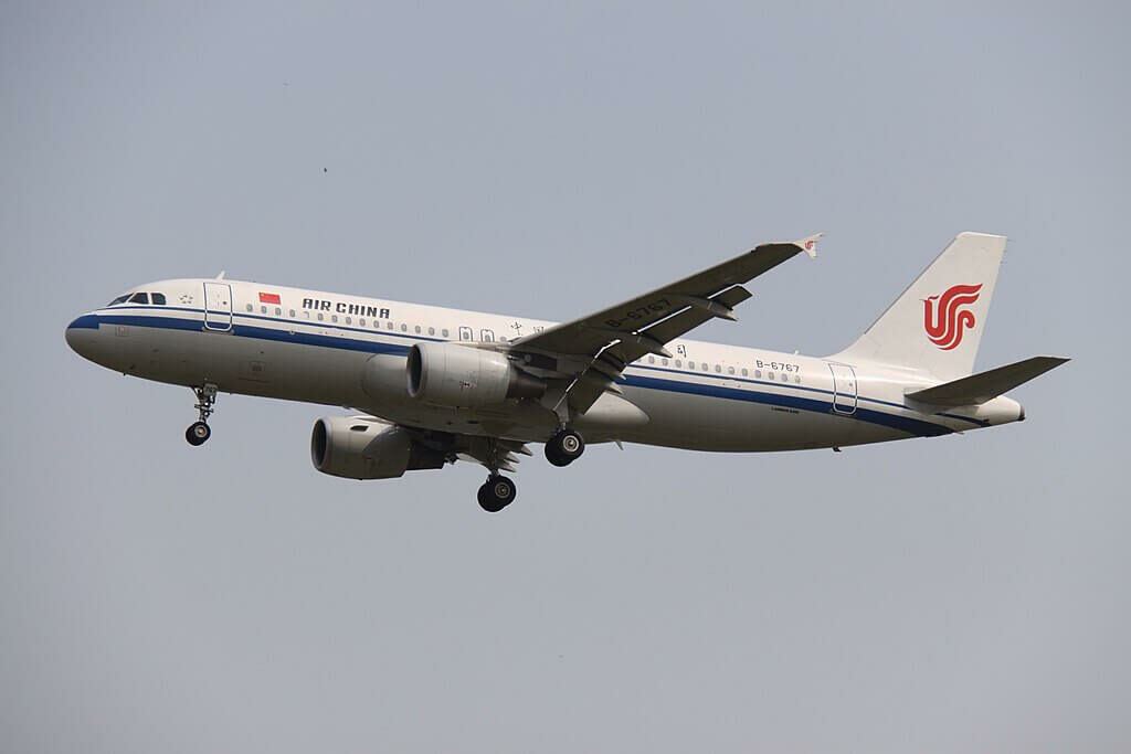 B 6767 Airbus A320 214 Air China at Beijing Capital International Airport
