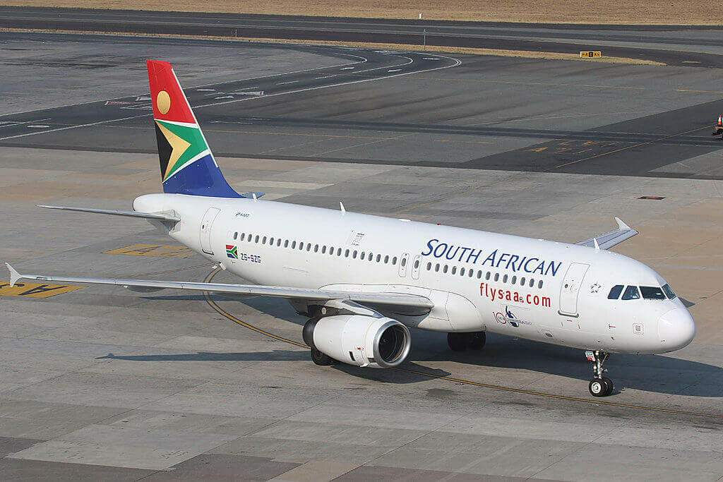 South African Airways ZS SZG Airbus A320 232 at O.R. Tambo International Airport