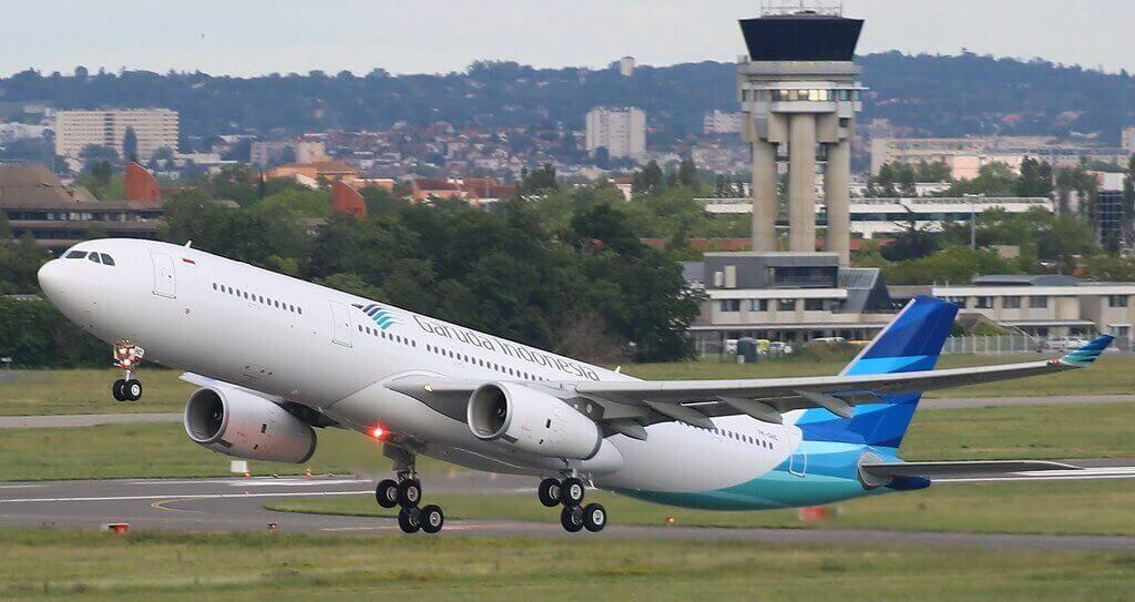 Garuda Indonesia PK GHC Airbus A330 343