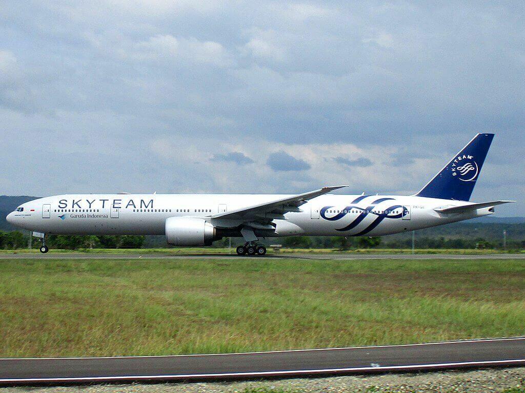 Garuda Indonesia PK GII Boeing 777 3U3ER SKYTEAM Livery