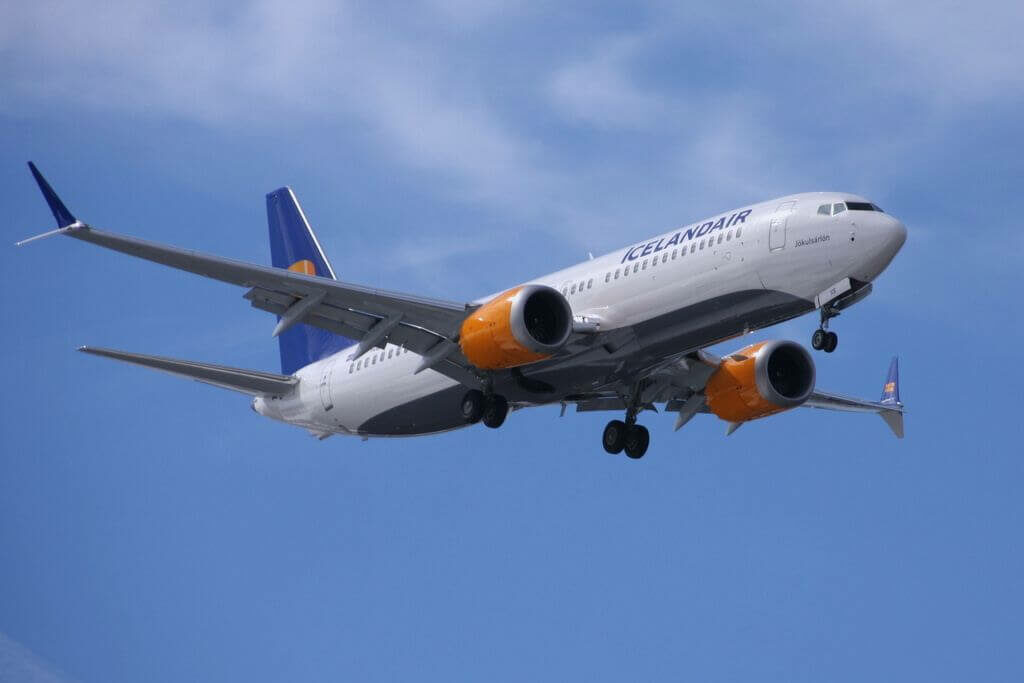 Icelandair TF ICN Boeing 737 8 MAX Mývatn