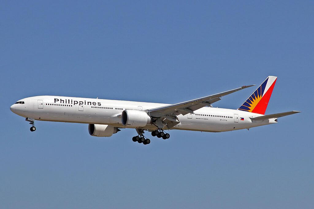 PAL Philippine Airlines RP C7774 Boeing 777 3F6ER at Vancouver Airport