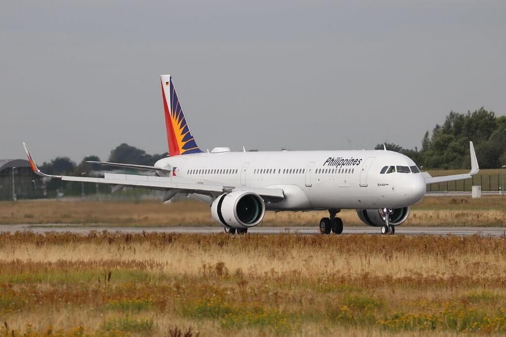 PAL Philippine Airlines RP C9933 Airbus A321 271N