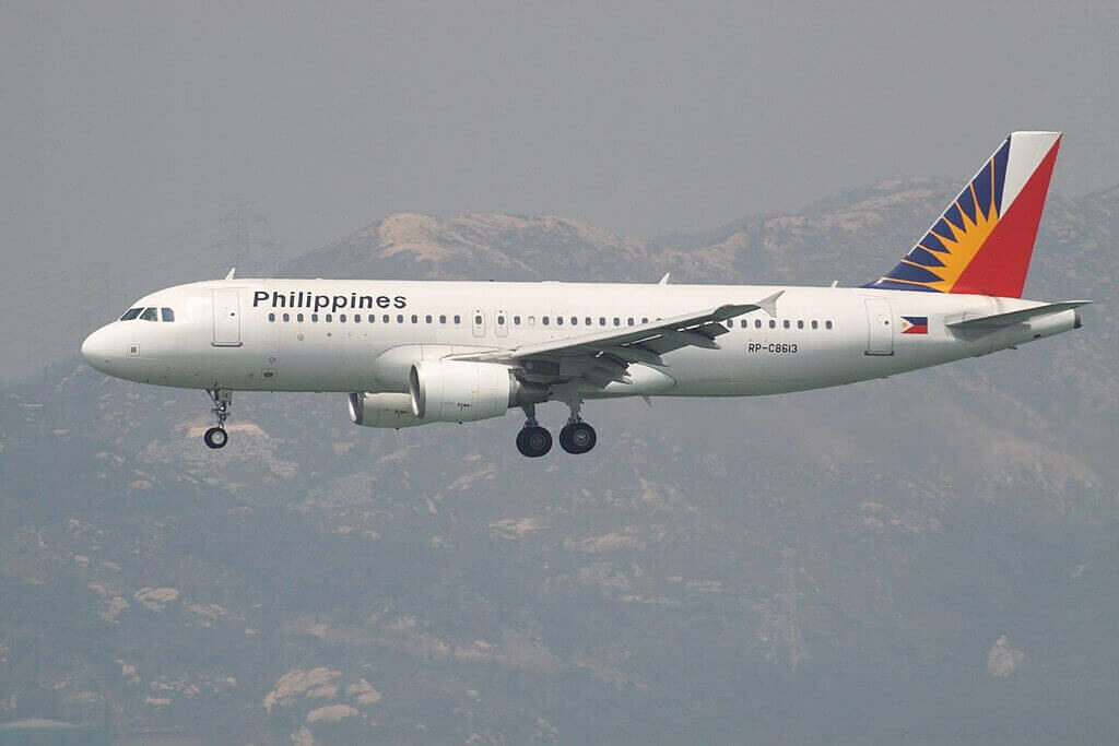 RP C8613 Airbus A320 214 Philippine Airlines at Hong Kong International Airport