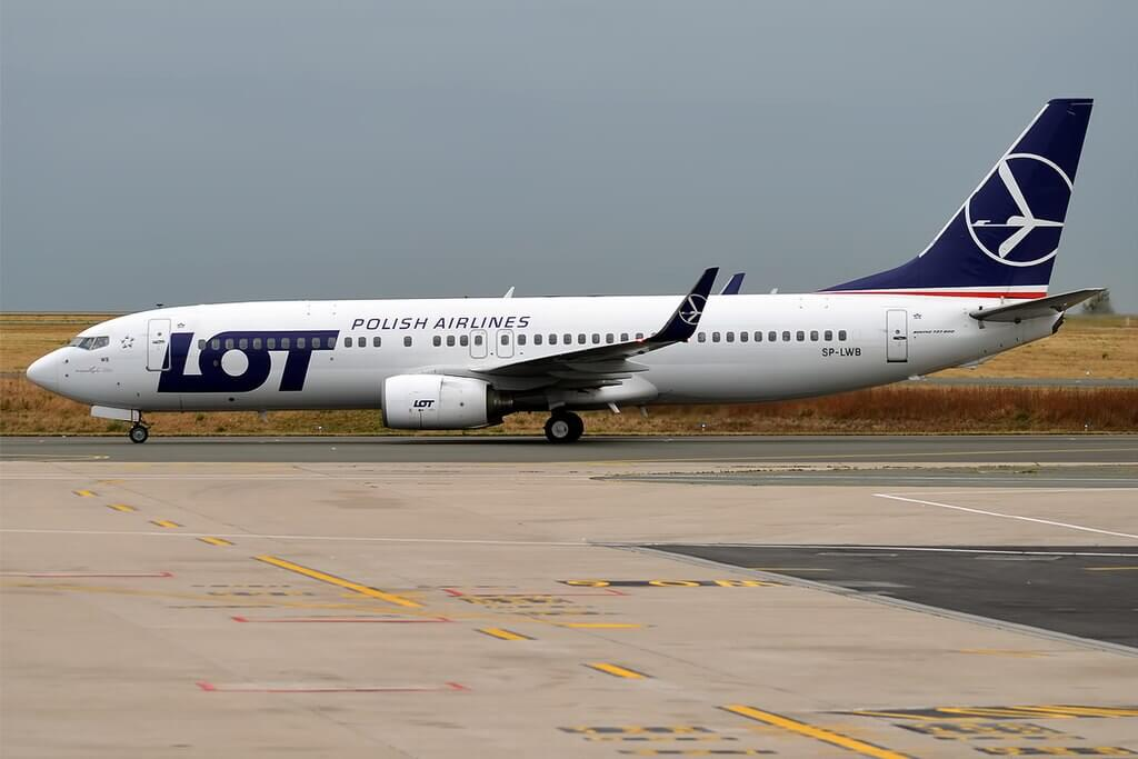 LOT Polish Airlines SP LWB Boeing 737 89P at Paris Charles de Gaulle Airport
