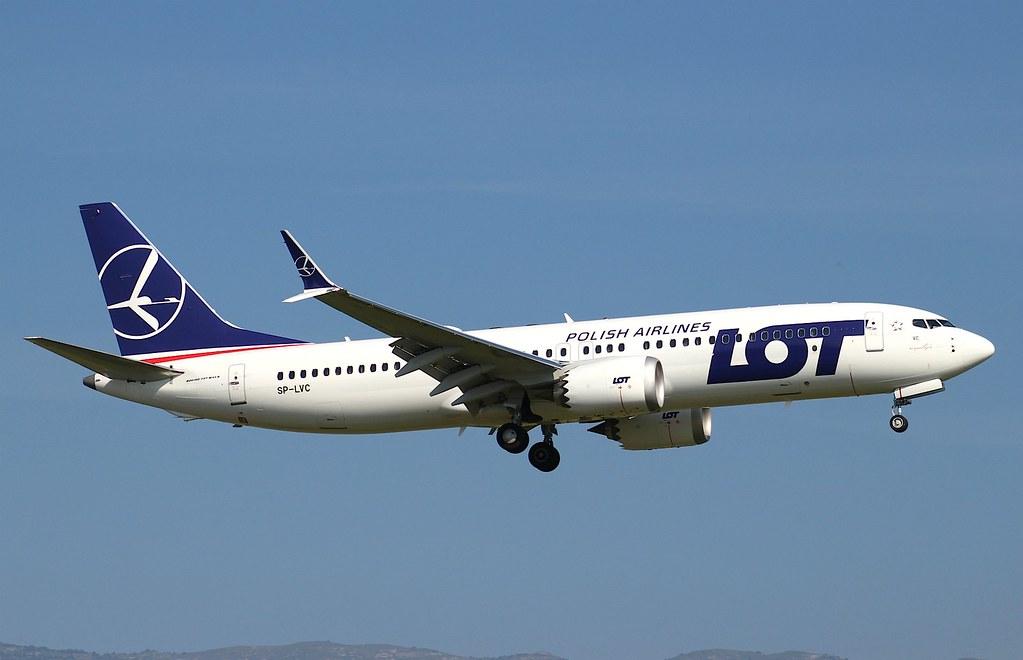 LOT Polish Airlines SP LVC Boeing 737 MAX 8 at Genève Aéroport