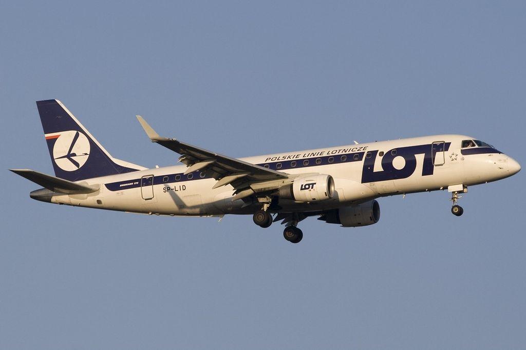Embraer ERJ 175 200STD LOT Polish Airlines SP LID FRA Frankfurt