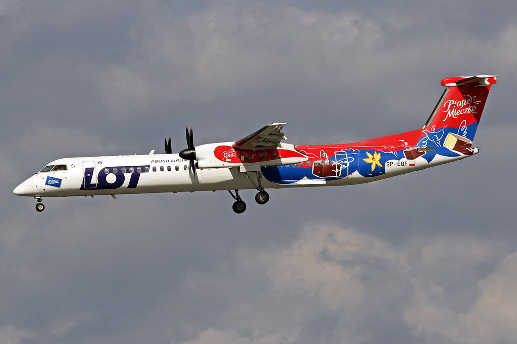 LOT Polish Airlines DeHavilland DHC 8 402Q SP EQF