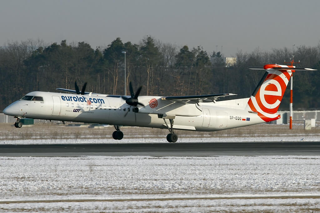 LOT Polish Airlines EuroLOT SP EQG De Havilland Canada DHC 8 402Q Dash 8