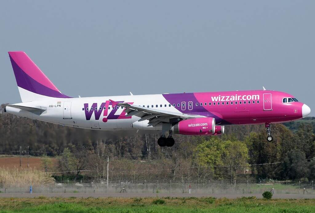 Airbus A320 232 Wizz Air HA LPN at Fiumicino Airport