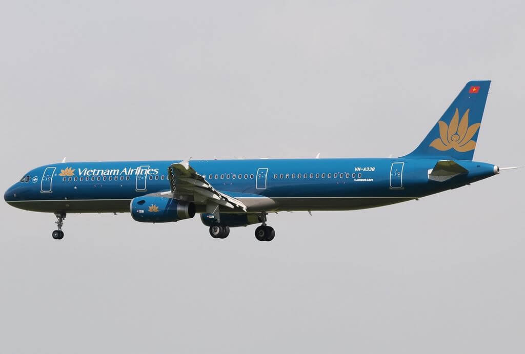 Airbus A321 231 Vietnam Airlines VN A338 at Singapore Changi Airport