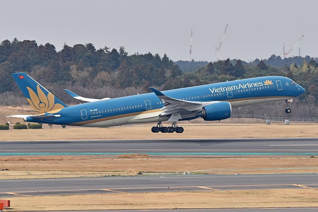 Airbus A350 941 VN A891 Vietnam Airlines at Narita International Airport