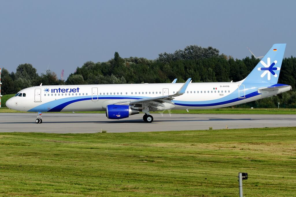D AVXQ Interjet Airbus A321 211SL at Hamburg Airport 1
