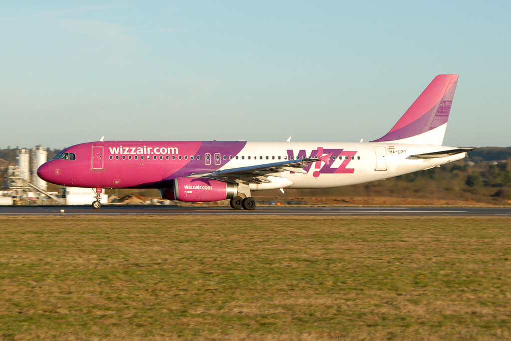 HA LPO Airbus A320 200 Wizz Air at London Luton Airport