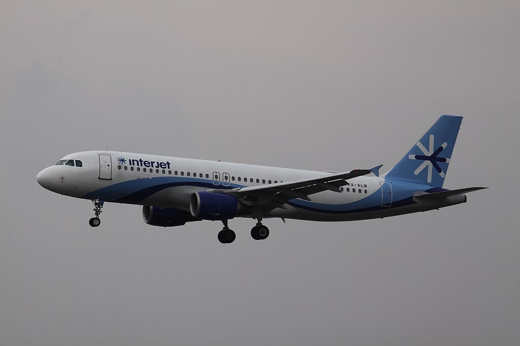 Interjet XA ALM Airbus A320 200 at Mexico City International Airport