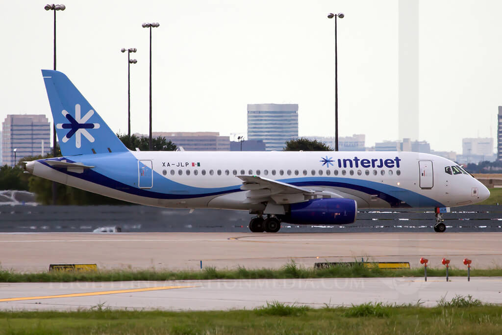 Interjet XA JLP Sukhoi Superjet 100 at DFW Airport