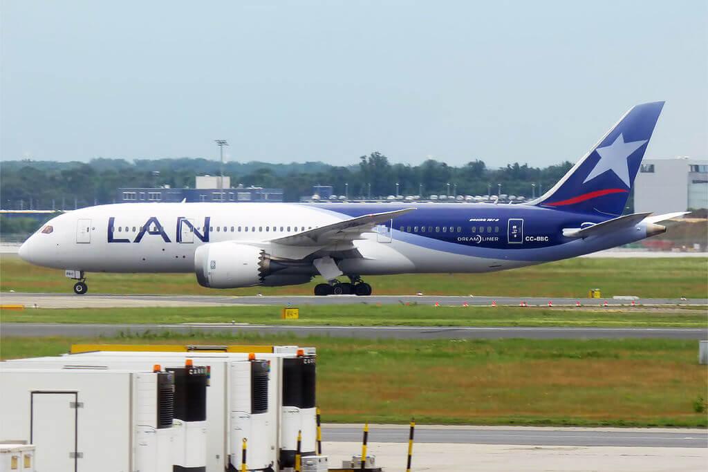 LAN Airlines LATAM CC BBC Boeing 787 8 Dreamliner