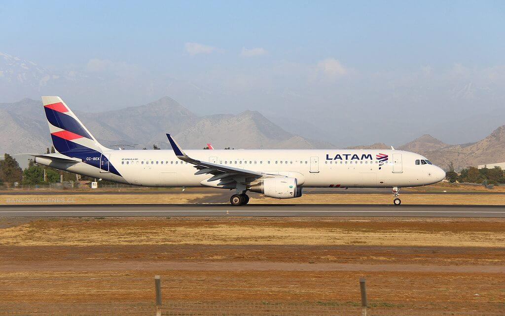 LATAM Airbus A321 211 CC BEK