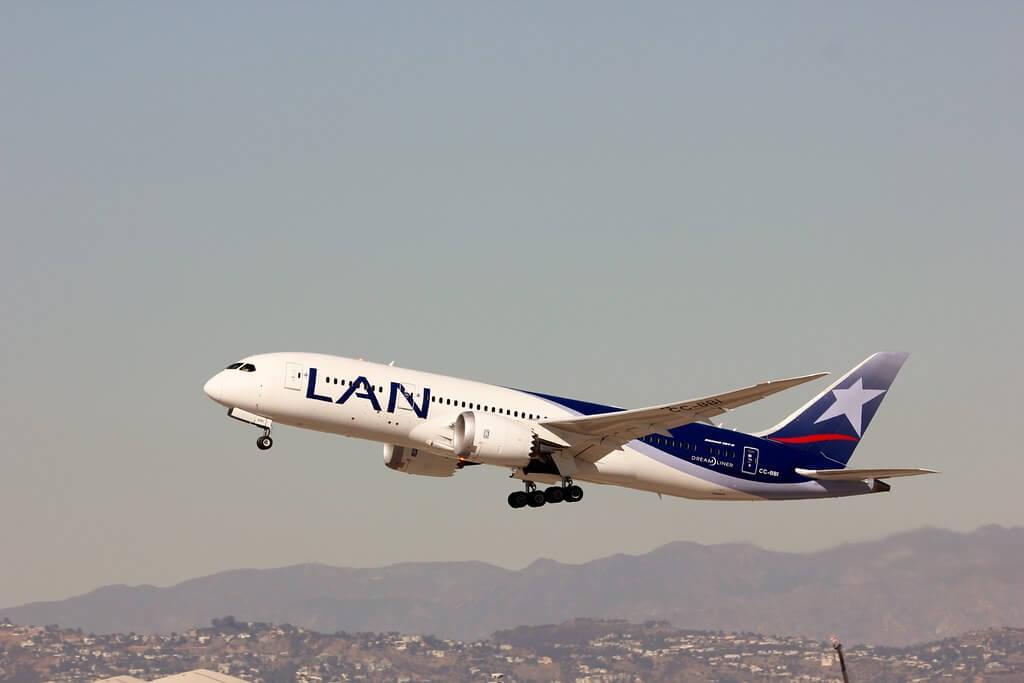 LATAM LAN Airlines CC BBI Boeing 787 8 Dreamliner
