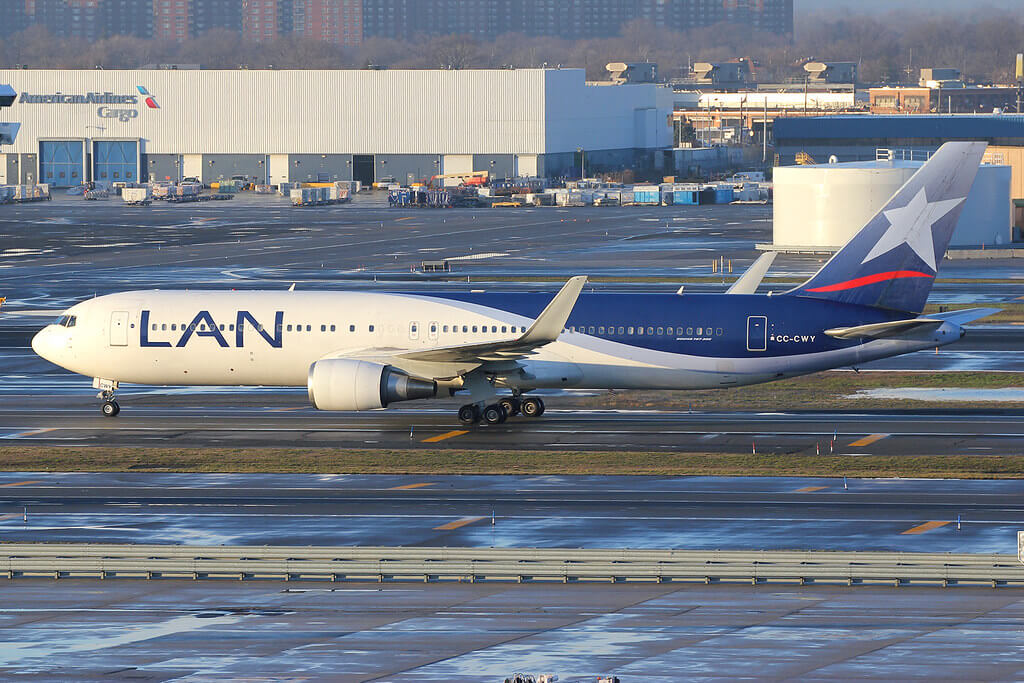 LATAM LAN Airlines CC CWY Boeing 767 316ERW