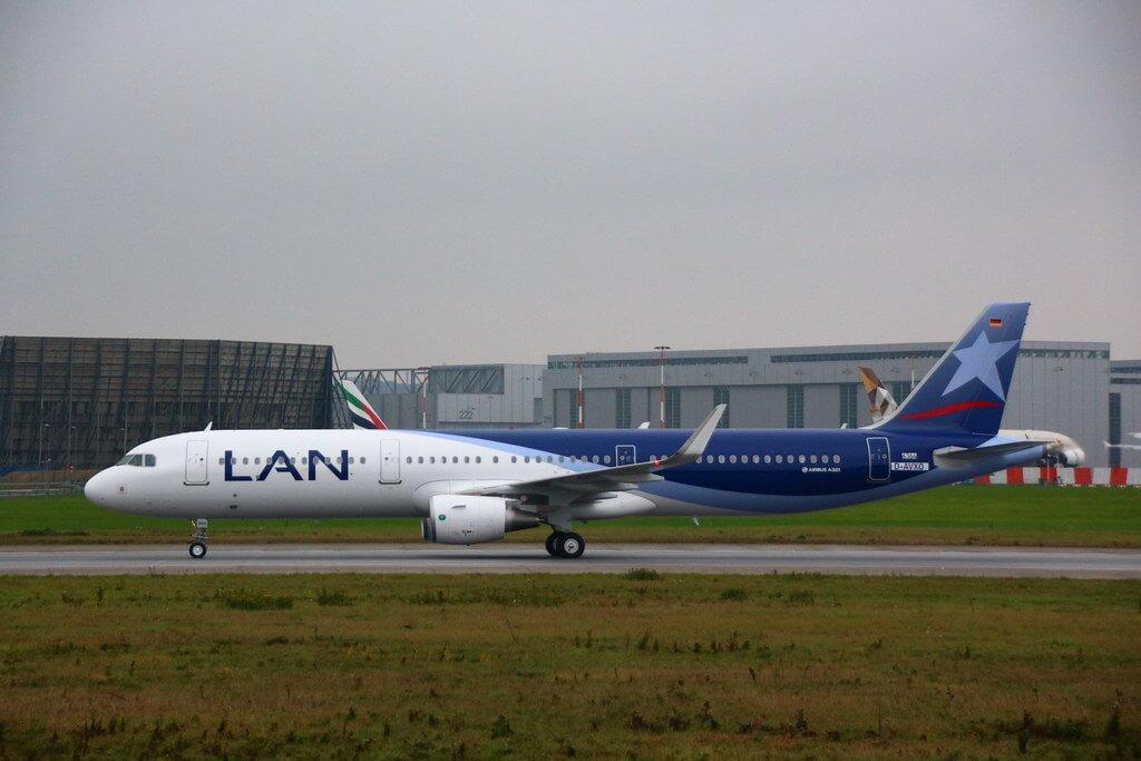 LATAM LAN CC BEA Airbus A321 200