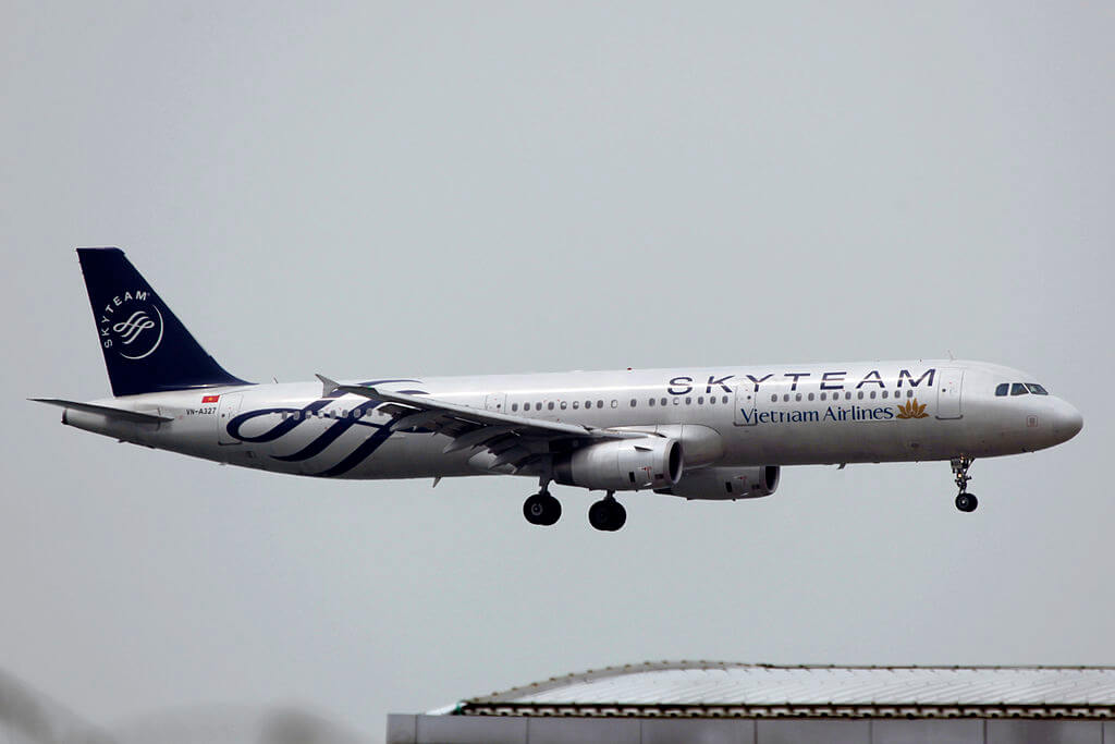 VN A327 Vietnam Airlines Airbus A321 231 Skyteam Liver at Hong Kong International Airport