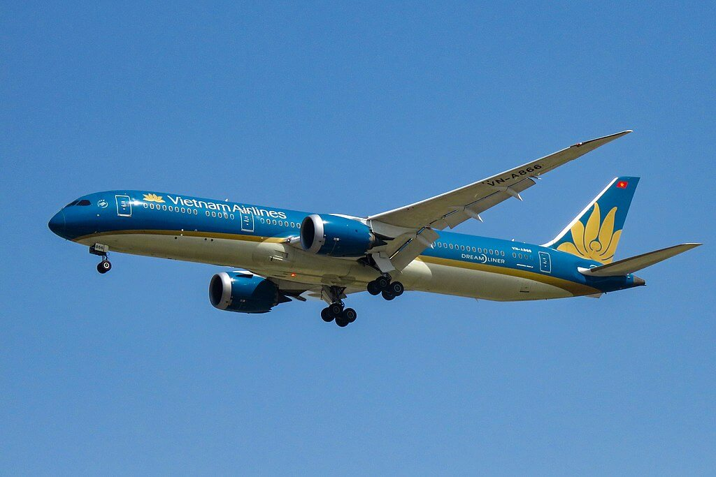 VN A866 Boeing 787 9 Dreamliner Vietnam Airlines at Beijing Capital International Airport