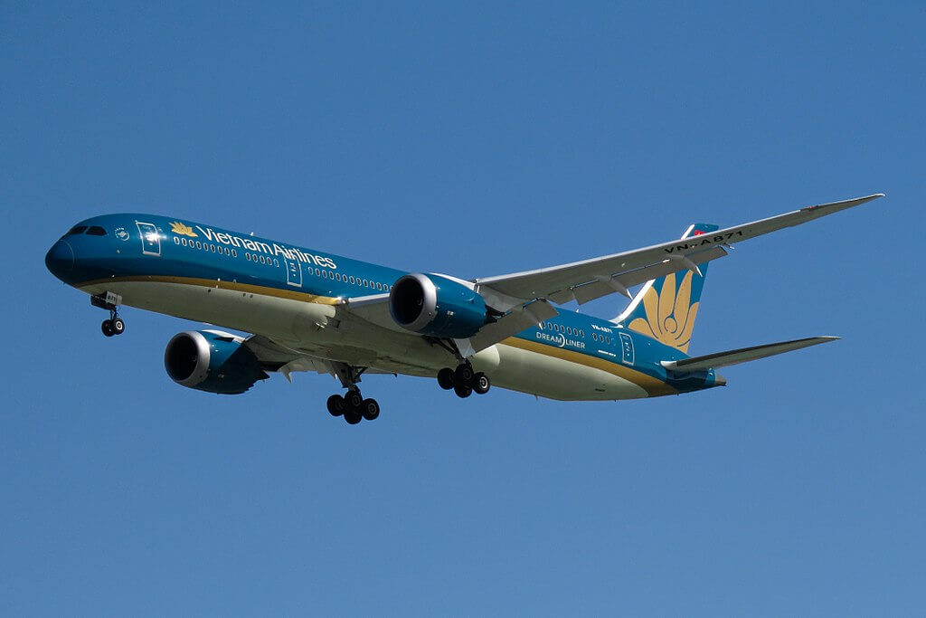 VN A871 Boeing 787 9 Dreamliner Vietnam Airlines at Beijing Capital International Airport