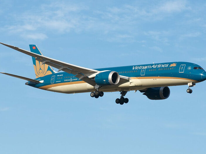 Vietnam Airlines Boeing 787 9 Dreamliner VN A870 at Melbourne Airport